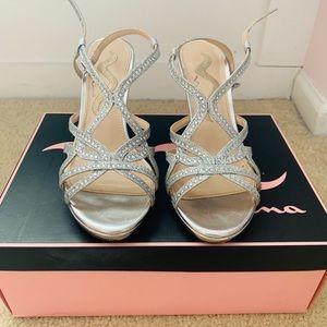 Nina Strappy Silver Heels, Veralee-YG